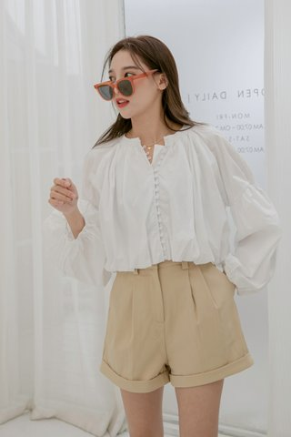 Classy Pleated Shorts in Khakis