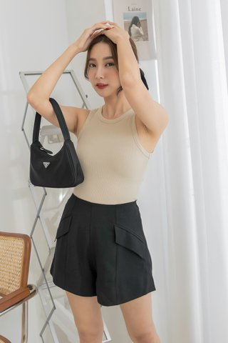 Zoey A-Line Shorts in Black