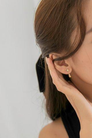 Rain Drop Earrings in Gold