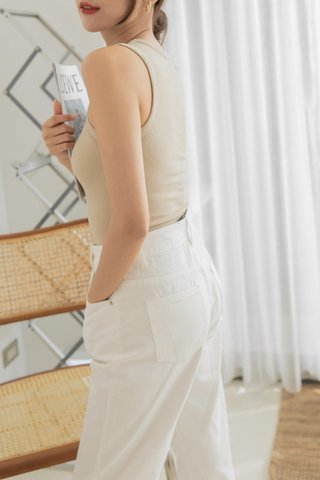 High-Waist Loose Fit Jeans
