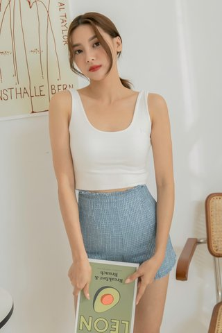 Rounded Collar Crop Top