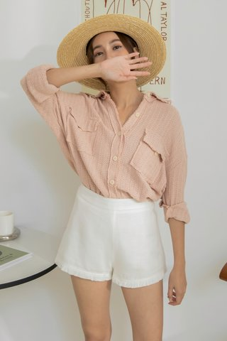 Knitted Buttoned Shirt in Pink
